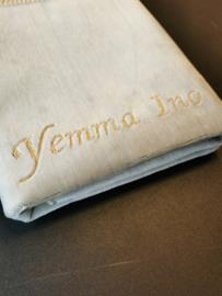 Beige Gebedskleed met naam yemma Ino
