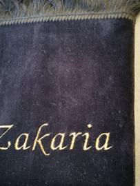 Zwart Gebedskleed met naam Zakaria