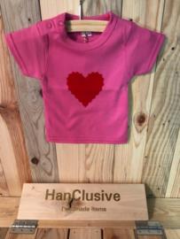 Roze t-shirt met hartje maat 56