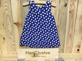 Blauw kleedje met witte hartjes
