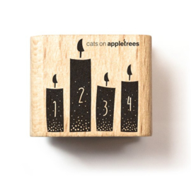 Cats on Appletrees - 2547 - Stempel - 4 Kaarsen