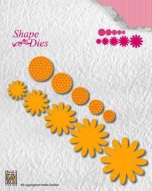 Nellie snellen SD133 Shape Dies flower-4 max size: 37mm circles 19mm