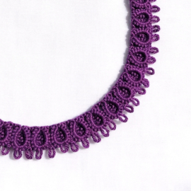 Necklace Diana in purple