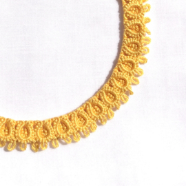 Necklace Diana in yellow