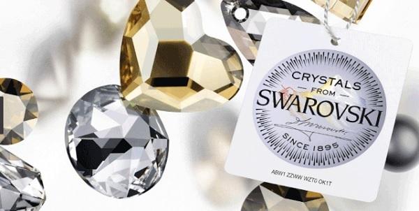 Gemaakt met Authentieke Kristallen van Swarovski