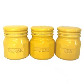 Gele keuken potten