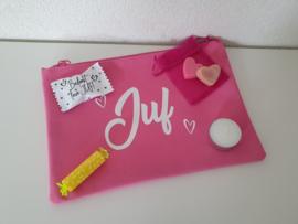 Etui / toilettas met cadeautjes