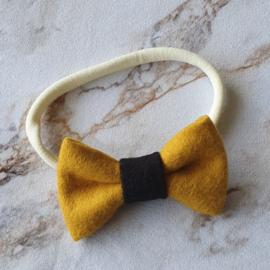 Nylon haarbandje met strik - oker/zwart