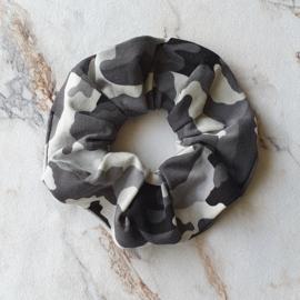 Scrunchie camouflage grijs