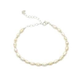 Armband zoetwaterparels, goud of zilverkleurig