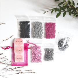 DIY-pakket armbandjes maken ''3mm kralen'' pink & black