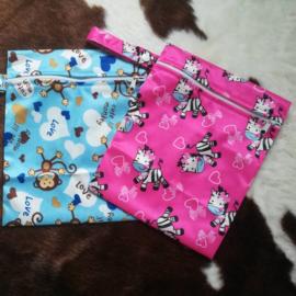 Luiertas/wet bag zebra of aap