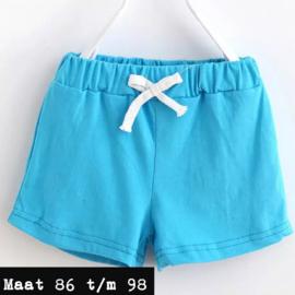 Blauwe korte broek