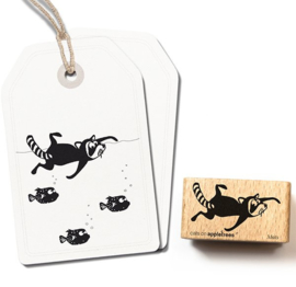 Cats on Appletrees - Stempel Mats de Zwemmende Wasbeer