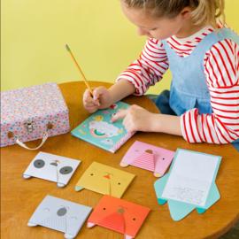 Petit Collage: DIY design kit: Maak je Eigen Briefpapier
