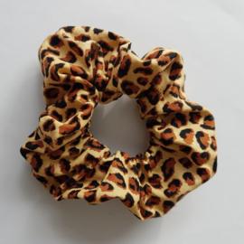 scrunchie met luipaardprint