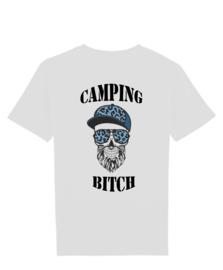 Camping bitch man met cap skull