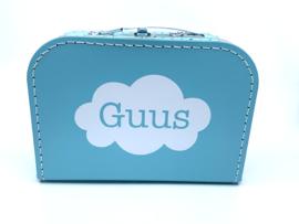 Koffertje met wolkje en naam