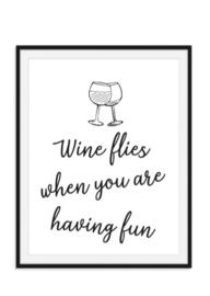 Wine flies tekstposter