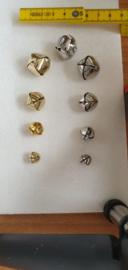 Bellen / belletjes goud en zilver verschillende maten