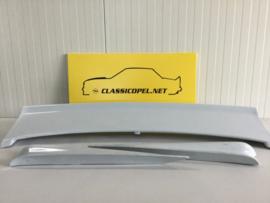 Opel Manta B 400, 3 delige kofferbakspoiler.