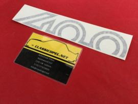 """400"" sticker kleur zwart t.b.v. achterklep Opel Ascona 400."