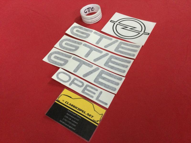 Sticker set plus striping voor de  Opel Kadett C2 GT/E.