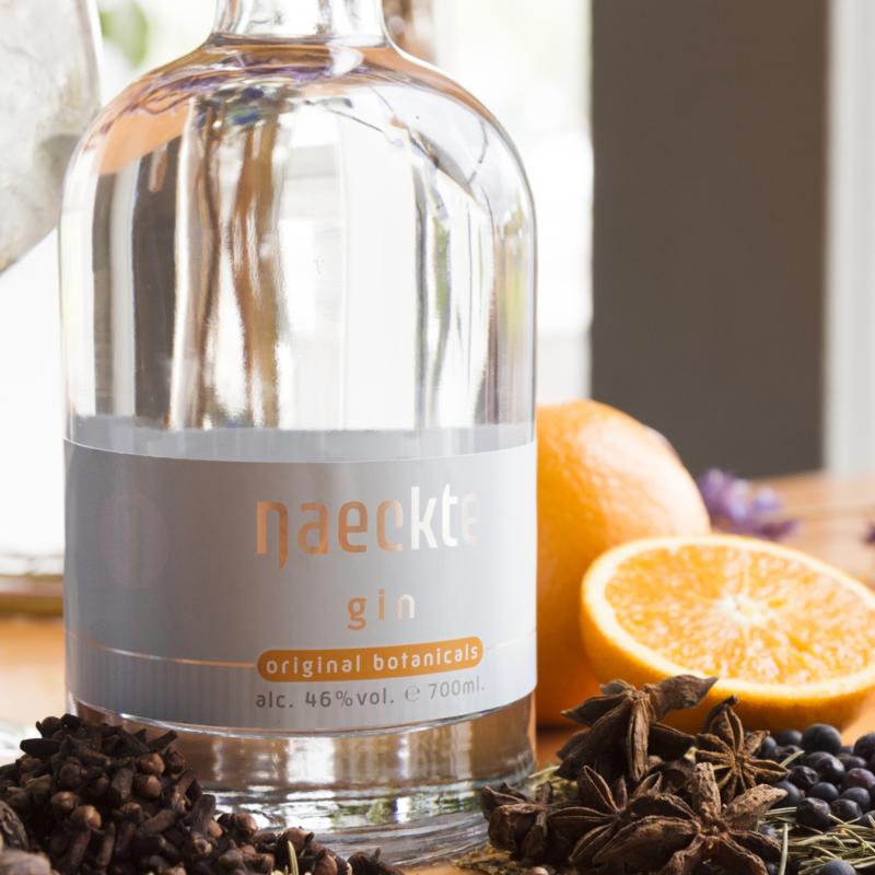 Naeckte Gin   Original Botanicals