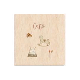 Kaartje op hout | Cato