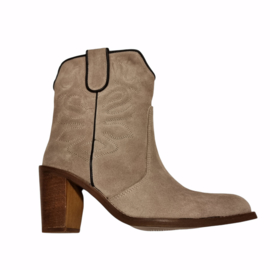 Bab two tone boots