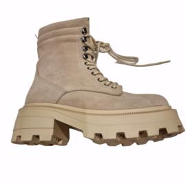 Bab creamy biker boots