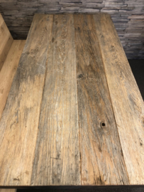 Stone blad oud hout