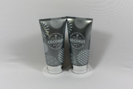 Bodylotion & Showergel in zilverkleurige tube/  Kokosnoot