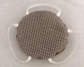 Sputnik kussentje bruin met fijn ruitje met mokka
