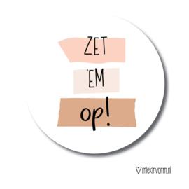 STICKER   ZET 'M OP!   1 stuk