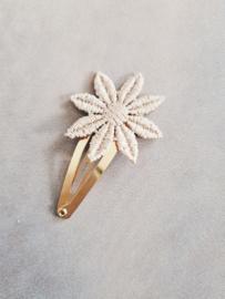 Haarspeldje (goud) 4 cm Bloem Edelweis