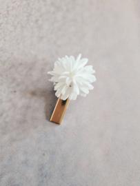 Alligatorclip 3 cm witte bloem