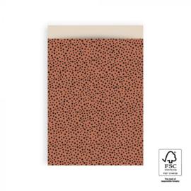 Cadeauzakjes 10 stuks groot Black dots terra 17 x 25 cm