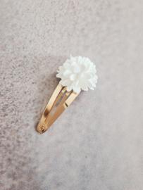 Haarspeldje 5 cm witte bloem