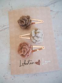 Haarspeldjes 5 cm vilten bloemen (3 stuks)