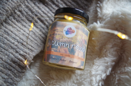 Bookish candle | Autumn reads