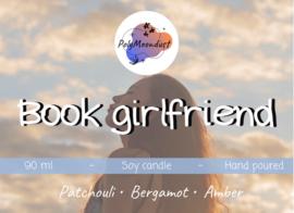 Boek kaars | Book girlfriend
