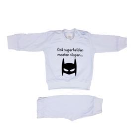 Pyjama 'Ook superhelden moeten slapen...'