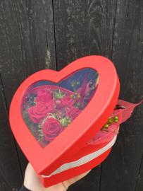 Hart doos met gevriesdroogde rozen (Alleen voor afhalen of bezorgen)