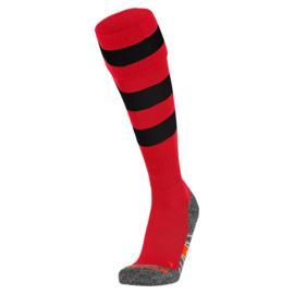 Rode Hummel voetbalsokken met zwarte ringen