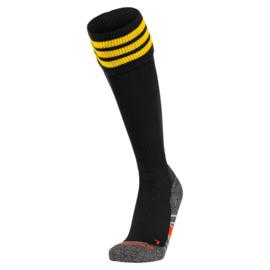 Zwarte Hummel voetbalsokken met gele banden ringen aan de bovenkant