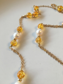 white pearls with smooth yellow quartz necklace