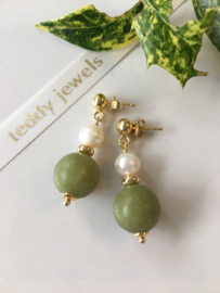 moss green jade white pearl earrings