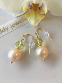 creamy pearl lemon quartz earrings
