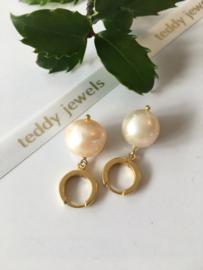 light salmon pearl